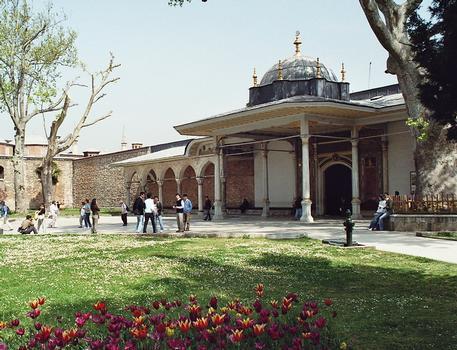 Topkapi Palace (Istanbul)