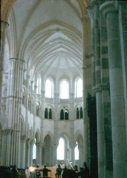 Choir and nave of the Basilica in Vézelay