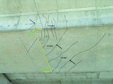 Rissbild an einer Vorspannkabel-Koppelfuge [Quelle: B+S AG, Bern]