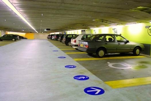 Parkhäuser: Decken aus Spannbeton ermöglichen attraktive Raumgestaltung