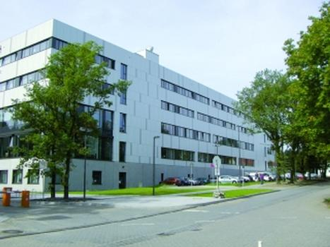 Ruhr-Universität Bochum: Klimadecken schaffen ein angenehmes Raumklima und senken den Energieverbrauch