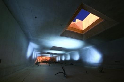 Zur Sicherung des Tunnelprofils kam eine Wand nach dem Mixed-in-Place-Verfahren zum Einsatz