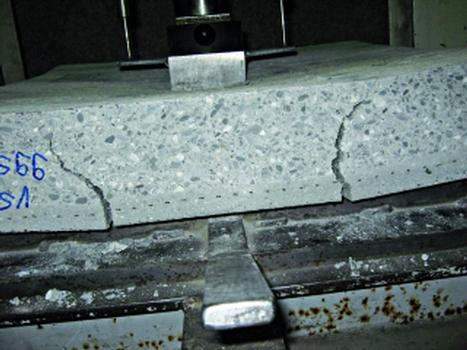 Statische Verstärkung mit Kohlefasern in Spritzmörteln
