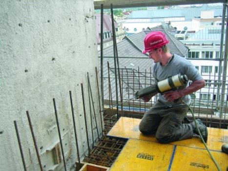 Nachträglicher Bewehrungsanschluss: sicher verankern bis zu einer Tiefe von 2 m
