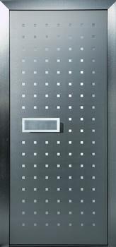 Eingangstüren aus Edelstahl – wahlweise farbig oder mit attraktiven Applikationen (Foto: Biffar)