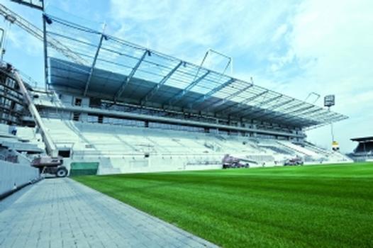 Verzinkte Stahlbauteile für das Millerntor-Stadion in Hamburg