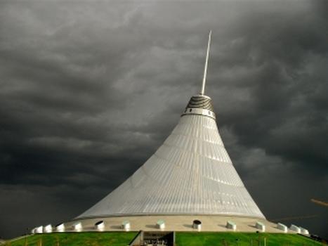 Das Astana Entertainment Center in der kasachischen Hauptstadt Astana: das gröste Zelt der Welt : Das Astana Entertainment Center in der kasachischen Hauptstadt Astana: das gröste Zelt der Welt