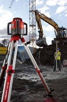 Messarbeiten mit dem neuen Rotationslaser PRE 3 von Hilti sind jetzt noch bedienerfreundlicher (Foto: Hilti Deutschland)