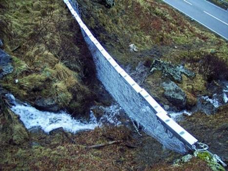 Hangmuren- und Murgang-Barrieren in Schottland