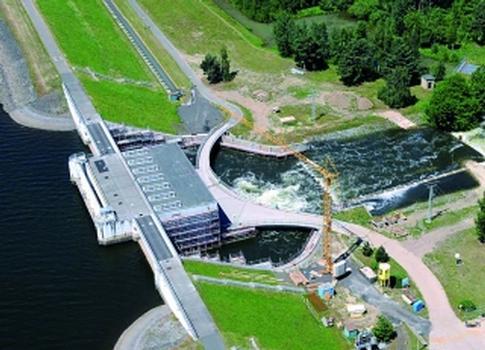 Die Talsperre Spremberg wird seit 2005 bei laufendem Betrieb saniert (Foto: LMBV/Radke)