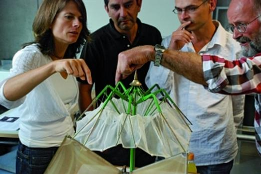 Seminar im Modul Wandelbare Konstruktionen (Foto: IMS)