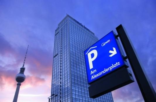 Tiefgarage am Alexanderplatz in Berlin: 650 Stellplätze auf drei Ebenen