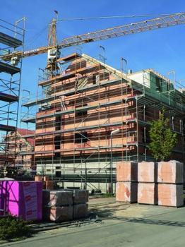 Für den monolithischen Bau von Objekten nach Passivhausstandard: der gefüllte Mauerziegel Unipor W07 Coriso