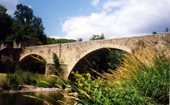 Pont de Boucieu-le-Roi. Foto bereitgestelt von Mairie de Boucieu