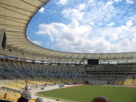 Stade Maracanã - les travaux sur le nouveau toit sont presque achevés