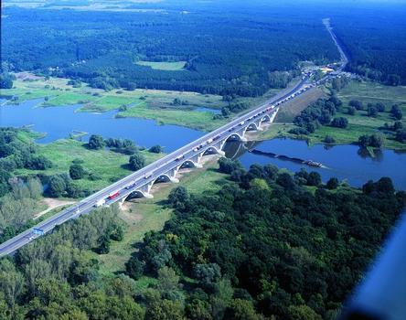 Pont sur l'Odra à Francfort-sur-l'Oder