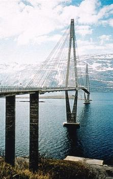Helgeland-Brücke