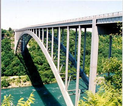Lewiston-Queenston Bridge