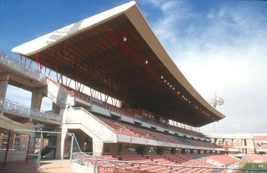 Nouveau stade de Football