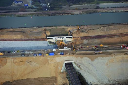 Kanalunterführung Elbeu