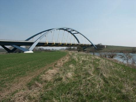 Saalebrücke Beesedau