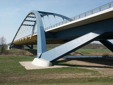 Pont de Beesedau