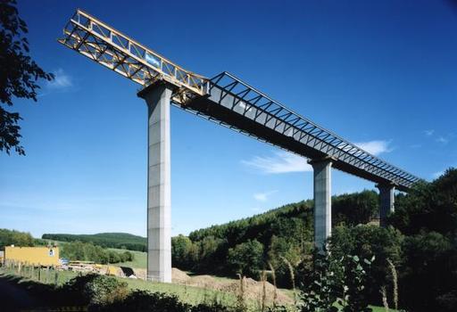 Talbrücke Elben