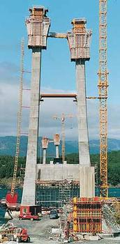 Storda Bru.Construction of the pylons using a slipform system