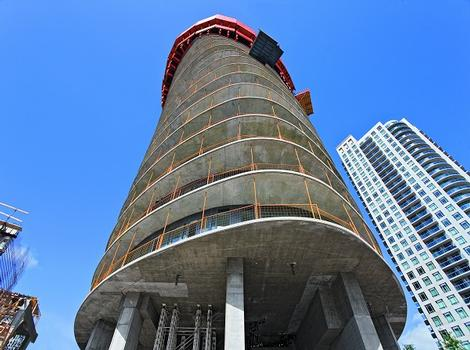 Absolute World Tower 1, Absolute World Tower 2