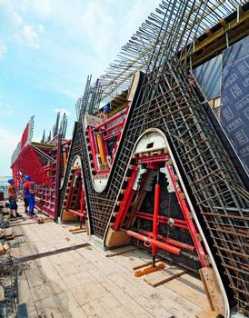 PERI engineers combined TRIO panel formwork with specially designed box-outs based on PERI system components