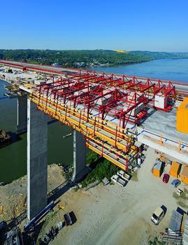 Für den vierspurigen Autobahnausbau erhält die 2,2 km lange Donauquerung bei Beška eine Zwillingsbrücke