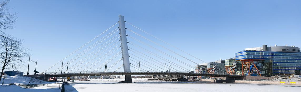 Crusell Bridge, Crusell cable-stayed bridge - BIM changed approach