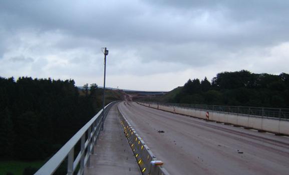 Webcam zur 24h-Beweis-sicherung des überfahrenden Verkehrs