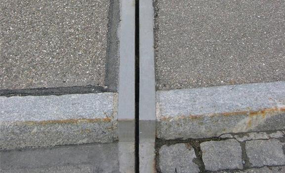 Typical execution of a curbstone detail