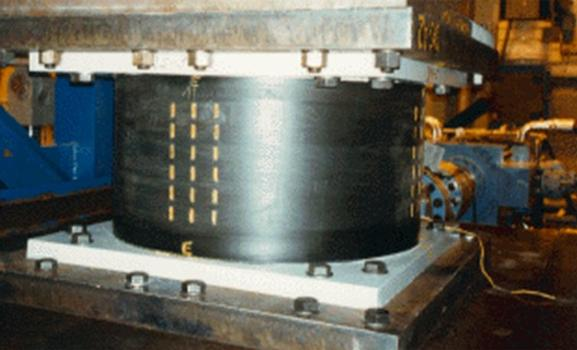 Test of a LASTO®LRB Lead Rubber Bearing