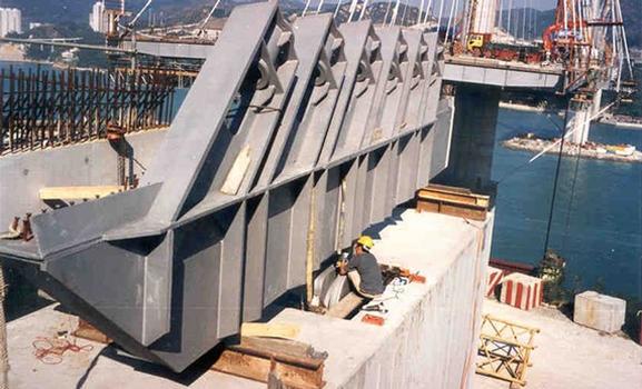 Connexion de l'appui oscillant avec la superstructure