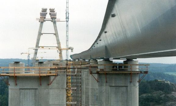 View on pier with installed mageba ILM-Bearings