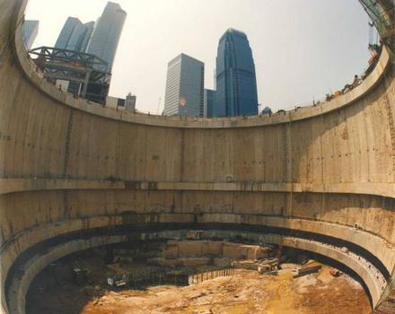 Hong Kong International Finance Centre North East : BSG - Northern Basement Shaft (internal - close)