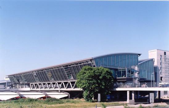 Die Check-In Halle des neuen Zentralterminals