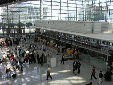 Aéroport de Munich: Aérogare 2 - enregistrement