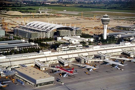 Aéroport de Munich: Tour de contrôle, Aérogare 1, MAC