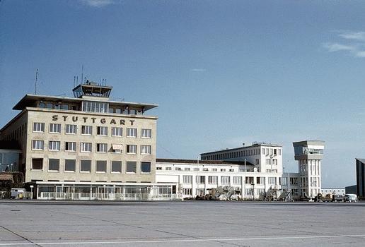 Aéroport de Stuttgart Aérogare de 1939