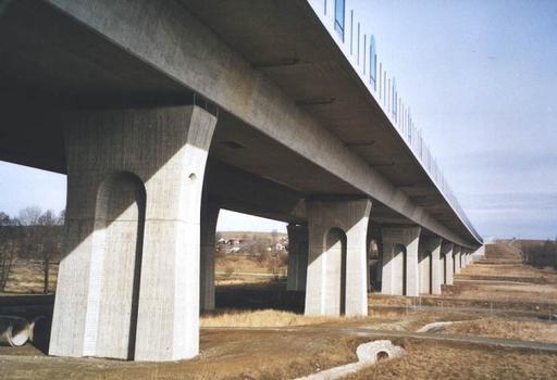 Autobahn A9 – Talbrücke Münchberg – Seitenansicht