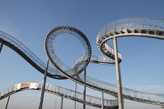 Treppe mit Looping