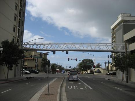 Bayview Skywalk (California)