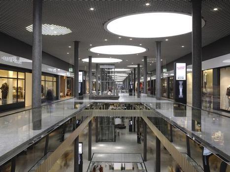 Mall mit öffentlichem Straßencharakter