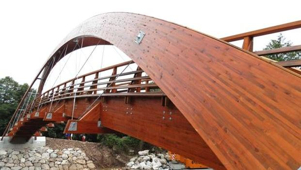 Pont sur le rio Saja