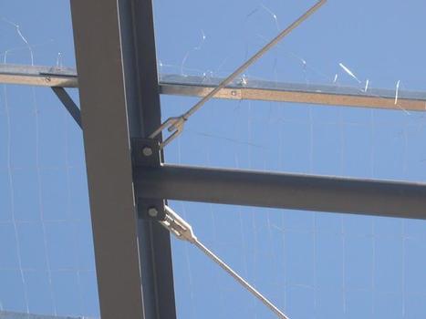 Detail SAS BraceLok mit Anschluss an die Stahlkonstruktion