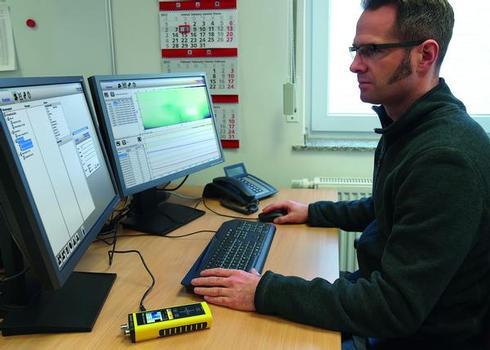 Die gemessenen Daten lassen sich mit der MultiMeasure Studio-Software komfortabel am Bildschirm auswerten und bearbeiten