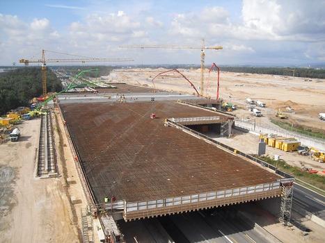 Rund 20.000 m³ Beton in nur einem Abschnitt und lediglich 60 Stunden